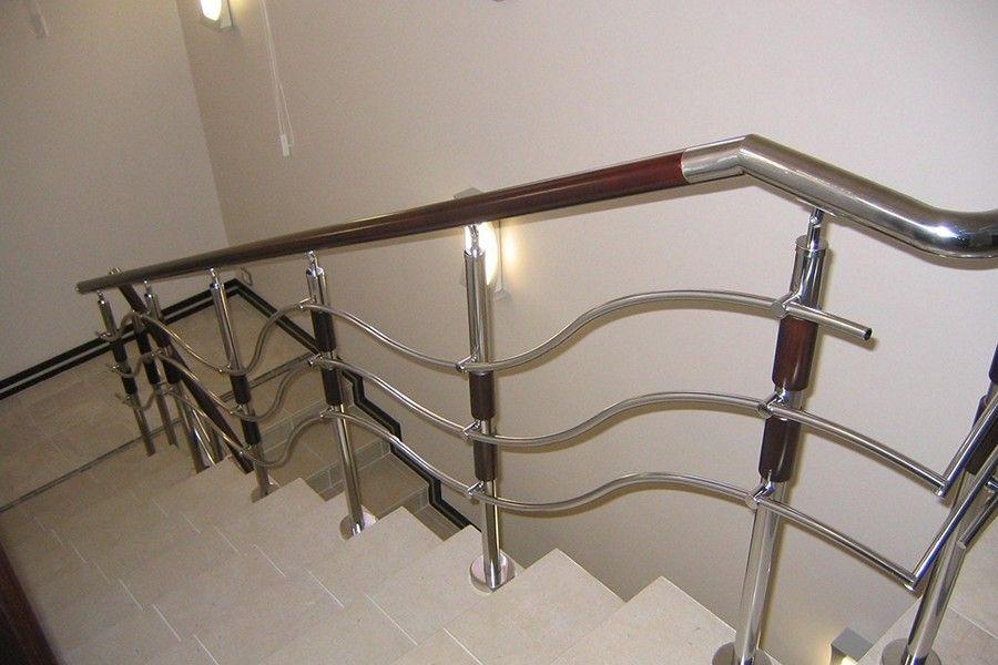 Ограждения для лестницы из нержавеющей стали