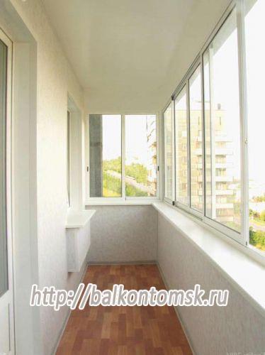 Остекление и внутренняя обшивка балкона