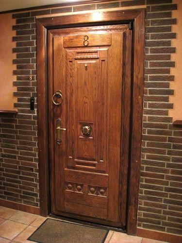 двери-входные-деревянные-из-клена.